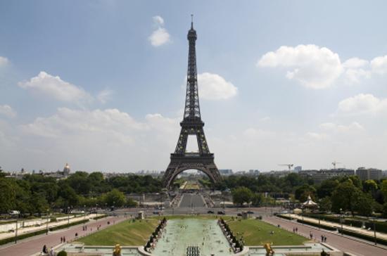 La Tour Eiffel vu de la place du Trocadero